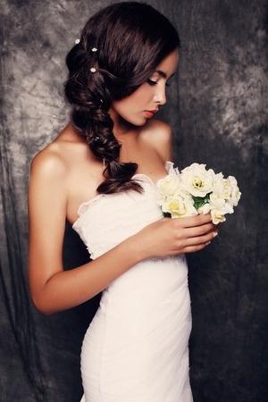 Brautschmuck für dunkle Haare